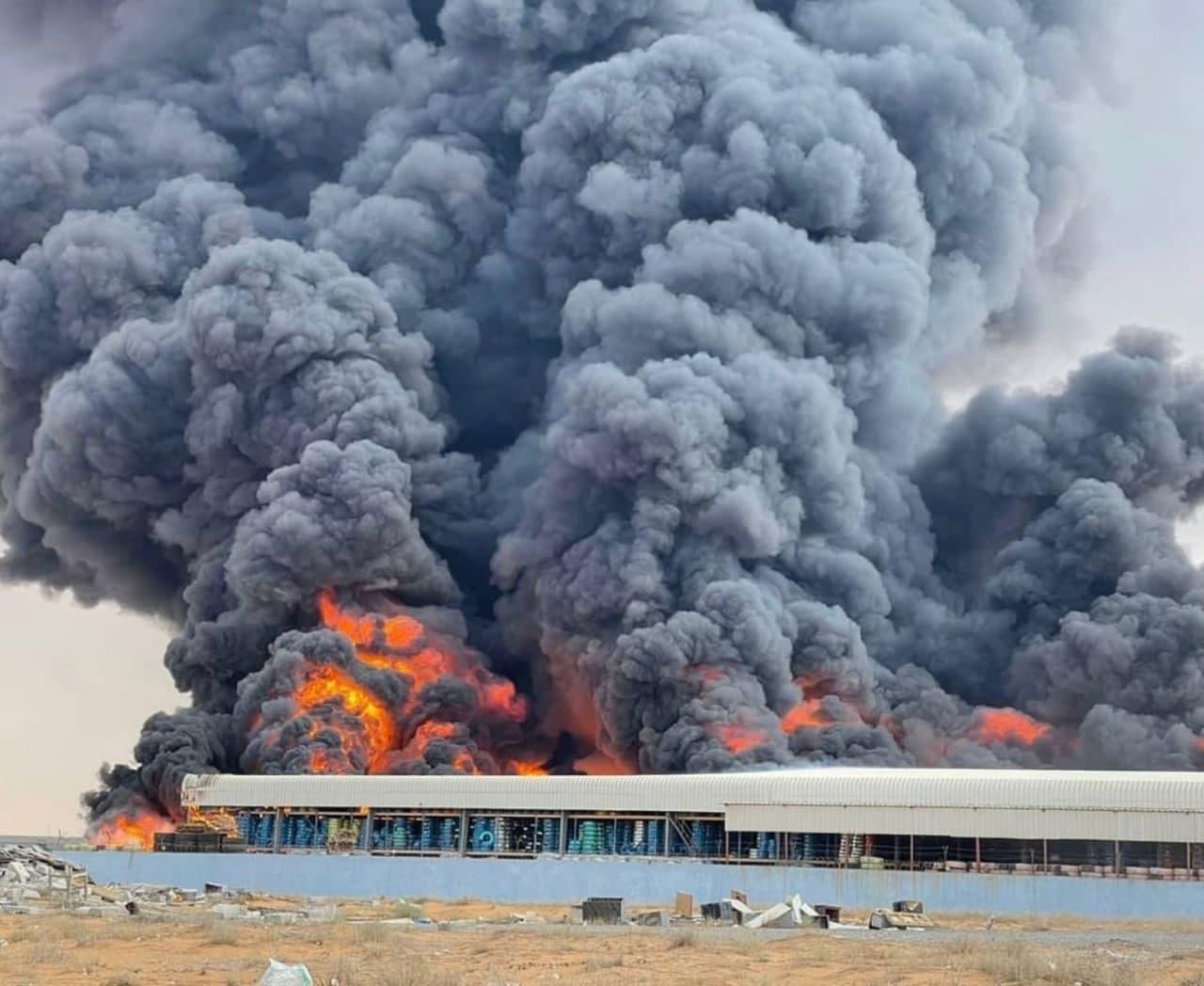 آتشسوزی بزرگ در سواحل امارات