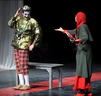 ثبت نام ۱۳ گروه نمایشی در پانزدهمین جشنواره تئاتر
