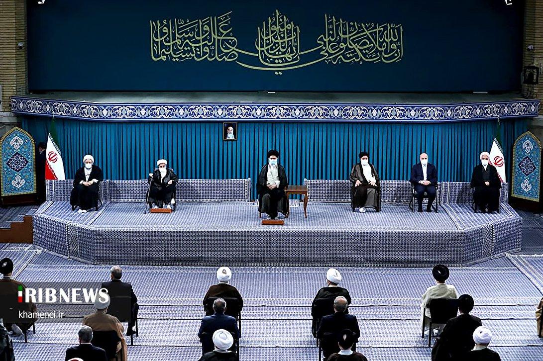 دیدار سران قوا و میهمانان کنفرانس بینالمللی وحدت اسلامی با رهبر معظم انقلاب